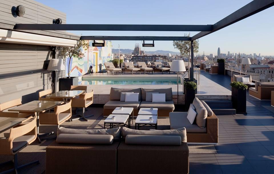 La dolce vitae terraza del hotel majestic terrazeo for Terrazas de hoteles en barcelona