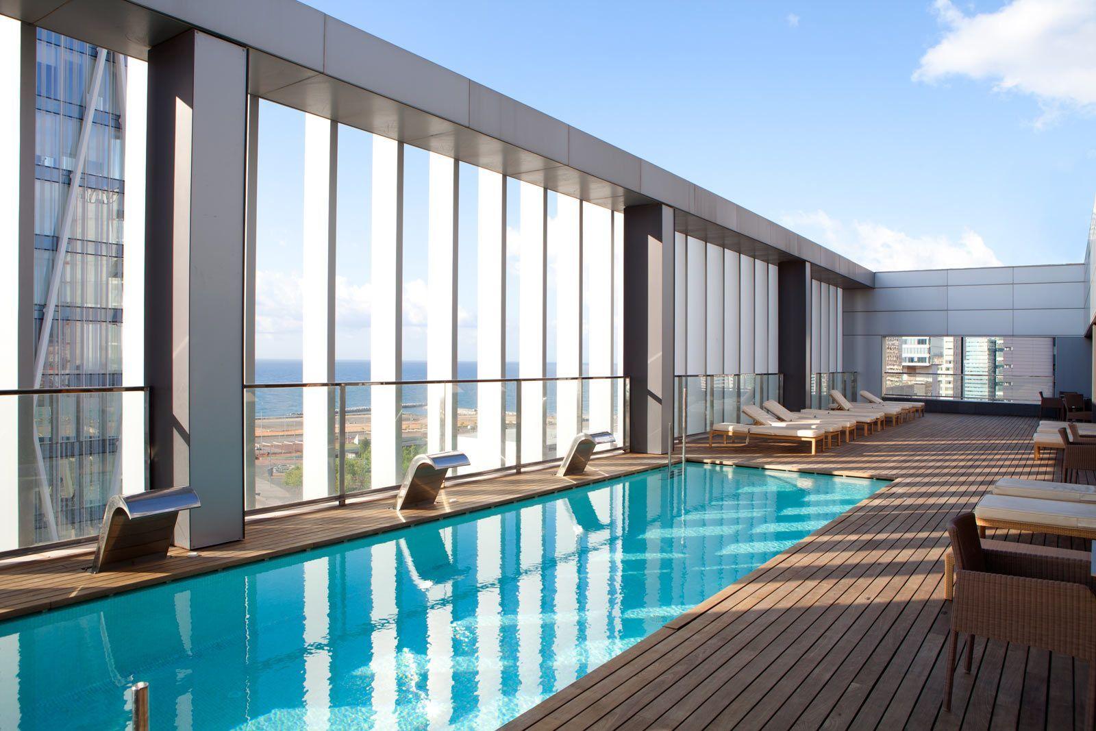 Terrazas de altura en barcelona terrazeo - Hotel piscina barcellona ...